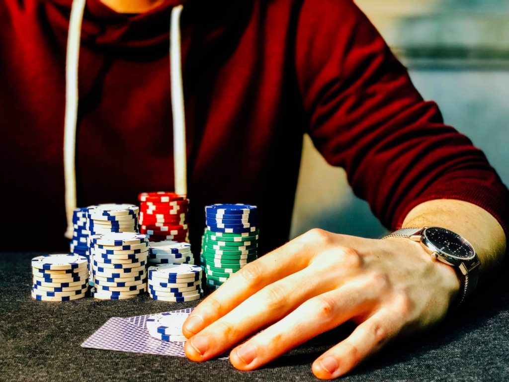 What are the various effective deposit methods of poker rooms?